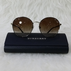 Burberry Women's Sunglasses Black/Gold